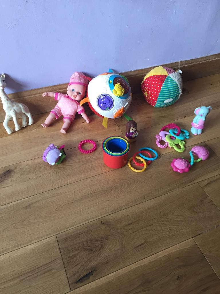 Baby toy bundlein Kelvindale, GlasgowGumtree - Baby toy bundle includes V tech crawl and learn spin ballSophie the giraffe teether used as a toy Teether keys used as a toy Brights starts rattle Wee dollySoft ballStacking cups Few linkies 2 figures Wrist rattleGood condition Smoke free home Pick...