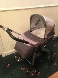Silver Cross Linear Freeway Pram. Excellent condition!