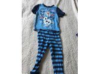 Boys age 2-3 years Olaf Frozen pyjamas night wear