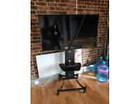 Hitachi 40 inch smart tv with stand