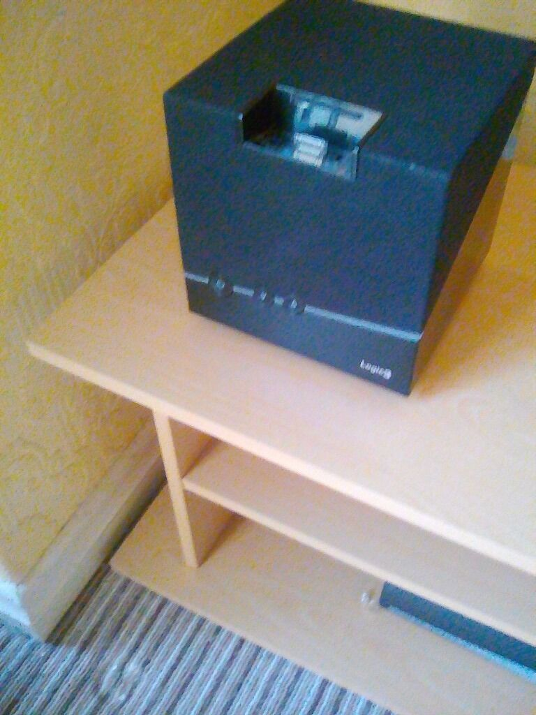 Logic 3 Jive Box Ipod Dock Speaker system