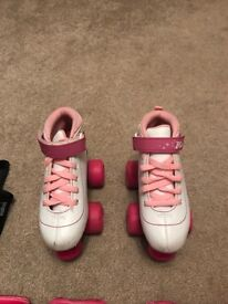 Girls skates with accessories