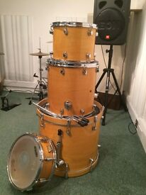 Mapex Pro M shell pack. Beautiful all-maple drums.