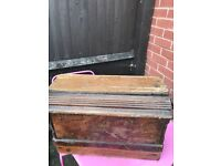 Vintage Singer Sewing Machine £70 Collection only