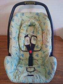 BABY CAR SEAT,BRITAX, ROCK - A - TOT, UNIVERSAL, SUITABLE FROM NEW BORN TO 15 MONTHS OLD