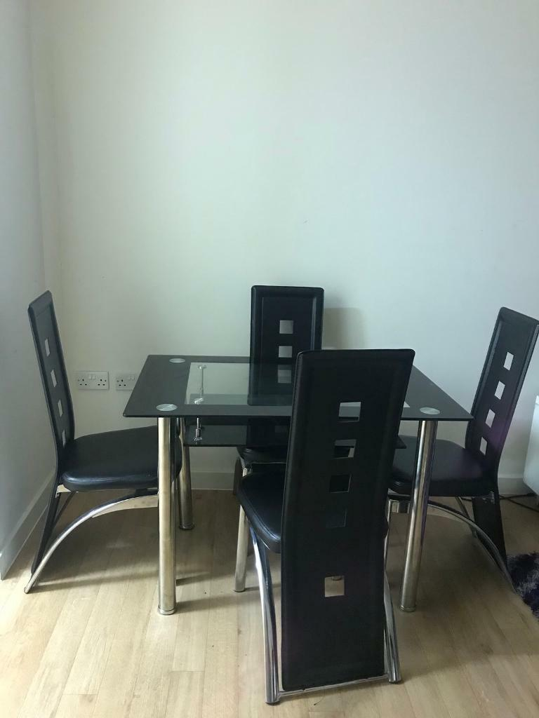 URGENT TABLE AND CHAIR/collection only