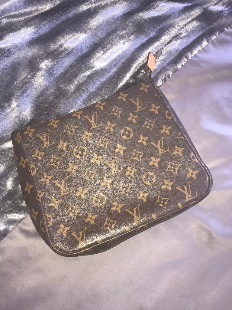 Louis Vuitton leather bag