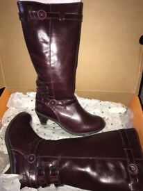 Ladies Dr Marten Amber boots brand new