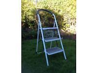 3-Rung Steel Step Ladder (Easton)