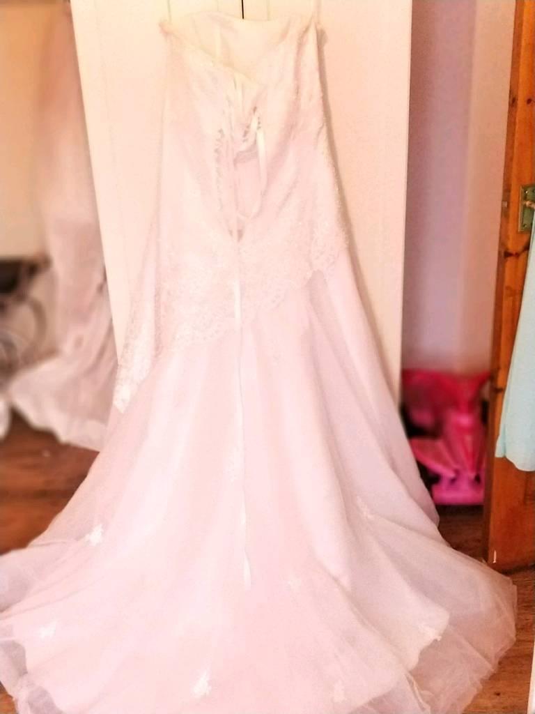 Phil collins wedding dress   in Belfast   Gumtree
