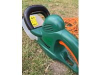 Electric Hedge Trimmer - Wickes - (used) 600W & 20mm cutting capacity