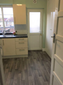 Lovely 2 bedroom unfurnished 1st floor flat, newly refurbished with lovely balcony and garden access