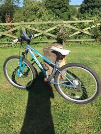 Ladies mountain bike plus helmet