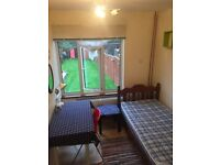 Large single room Botley for single person £400 pm for 6 month