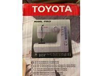 Toyota FSS21 sewing machine