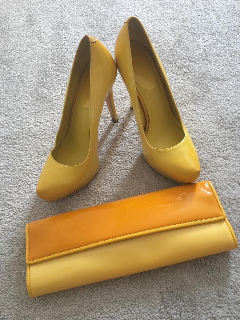 1206ec38b75 Size 6 Yellow Aldo High Heel Women s Shoes   Matching Bag