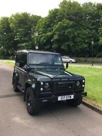 image for Land Rover Defender 90 Station Wagon