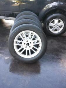 FORD FLEX / FORD EDGE FACTORY OEM 18 INCH ALLOY WHEEL SET OF FOUR IN EXCELLENT CONDITION.