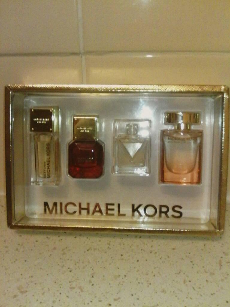 926902d0c36c Michael Kors eau de parfum set