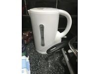 simple value cordless kettle RRP £6