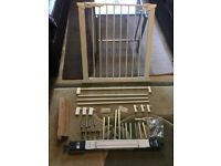 Baby Dan Safety Gate with large size extensions kit for very wide space - nearly new
