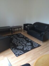 **** TWO BED FLAT **** TO LET (Newbury Park - IG2 7HR) ****
