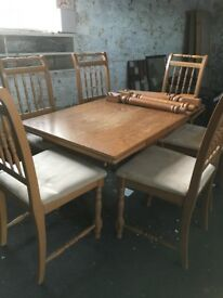 Dining Table and 6 Chair Set