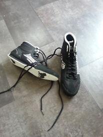 sport shoes/ boxing shoes size 5 longsdale
