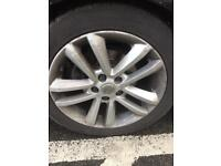 "Vectra sri alloys 17"". Legal tyres. 5x110"