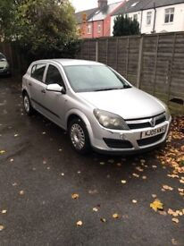 Vauxhall Astra silver good condition