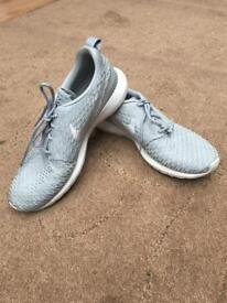 Men's Grey Nike Roche