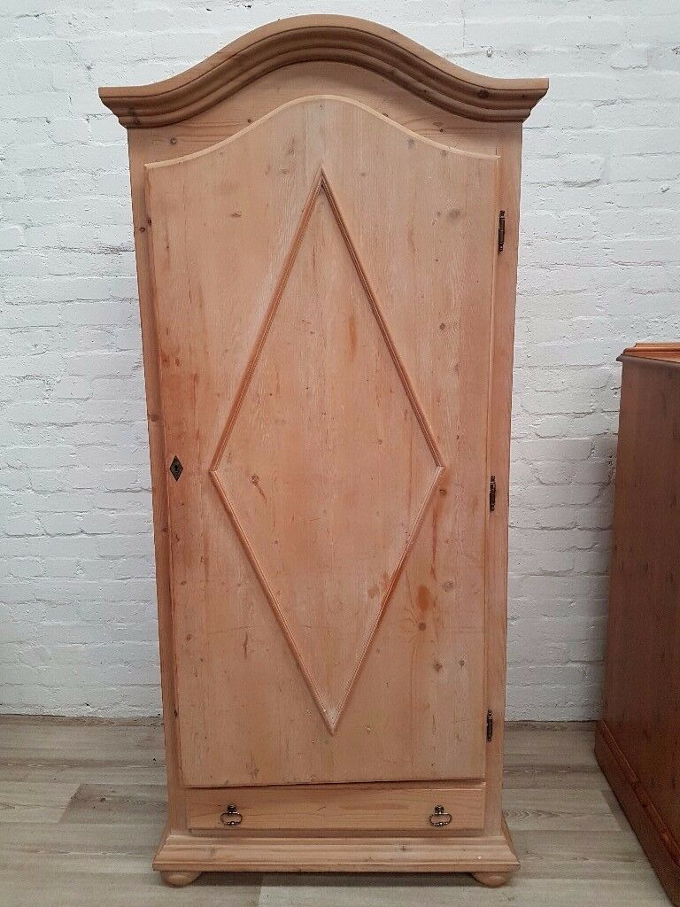 Pine Wardrobe (DELIVERY AVAILABLE)