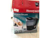 Humidifier Honeywell HH950E