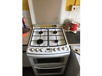 Gas cooker freestanding £80