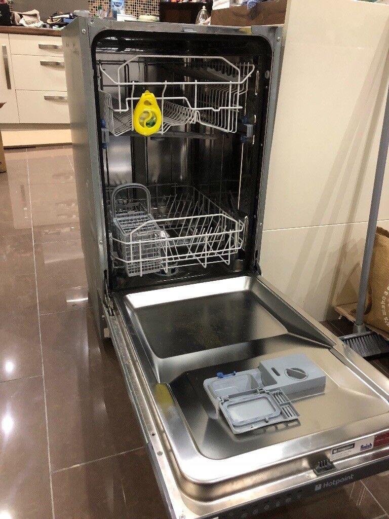Integrated Hotpoint Slimline 450mm Dishwasher