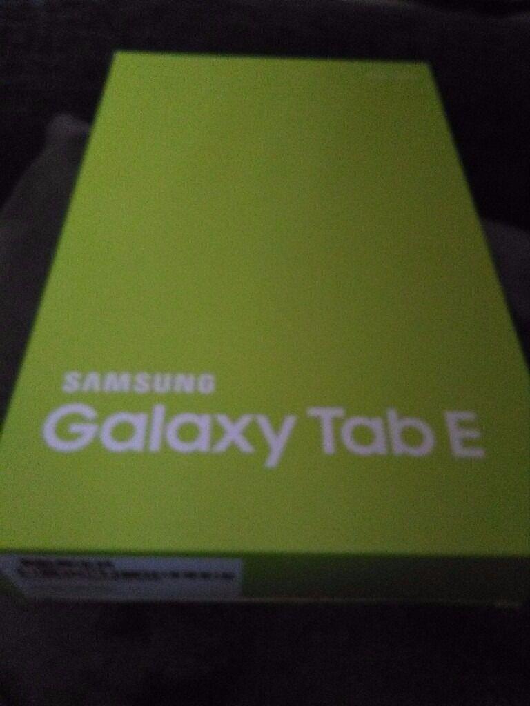 Samsung Galaxy Tab E in Pearl White
