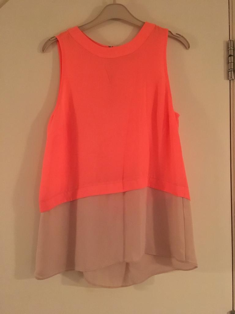 River island top size 8/10