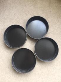 Set of 4 cake tins