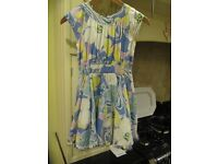 Gorgeous girls dress aged 7 years. Perfect for summer. Bargain. Lots more items to see.