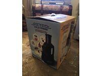 Retro Cold Press Juicer in Black