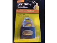 Cast Iron Padlock brand new in pack with 2 keys