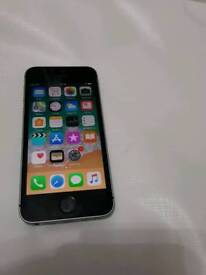 IPhone se 16gb mint condition unlocked
