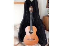 Admira Artista 4/4 Spanish Classical Guitar_Solid Cedar Top in Lightweight Case_!!!
