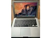 MacBook Air 13.3 early 2015 1.6 i5 4 Gb 500 gb hdd