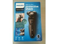 BRAND NEW Philips Series 5000 Wet or Dry Electric Shaver