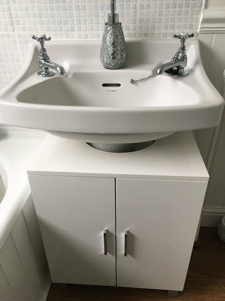 24 excellent bathroom storage gumtree for Bathroom cabinets gumtree
