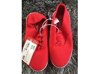 Joblot Of 33 children's canvas shoes