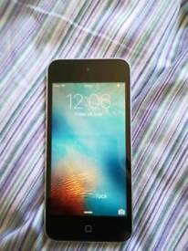 iPod touch 5th Generation 16Gb Silver (No back camera)