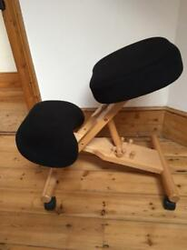 Posture kneeling chair