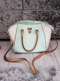 Woman's handbag good condition
